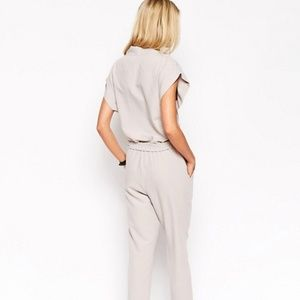 ASOS Pants - 🆕 ASOS Jumpsuit With Tie Waist And Short Sleeves